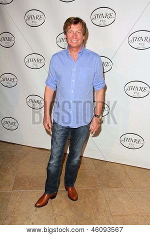 LOS ANGELES - MAY 11:  Nigel Lythgoe arrives at theSHARE 60th Annual