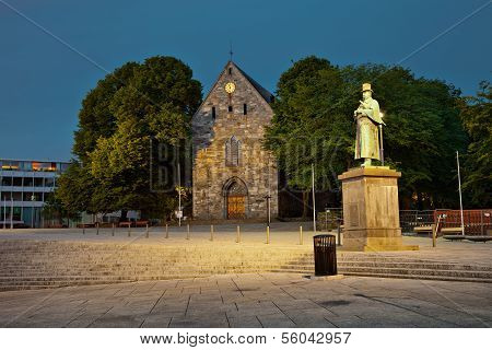 Cathedral Domkirke At Night In Stavanger, Norway.