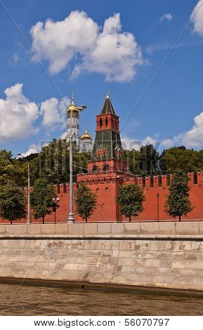 Second Unnamed Tower (1480) Of Moscow Kremlin (unesco Site)