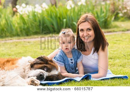 mother daughter and dog