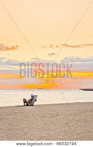 sunset time in Waikiki beach, Honolulu