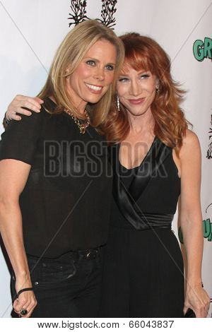 LOS ANGELES - JUN 1:  Cheryl Hines, Kathy Griffin at the The Groundlings 40th Anniversary Gala at HYDE Sunset: Kitchen + Cocktails on June 1, 2014 in Los Angeles, CA