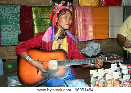 MA-PLAY, Karen long neck  Musician and Singer.
