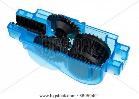 Tool for cleaning and lubricating a bicycle chain