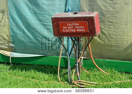 Warning sign on wire box