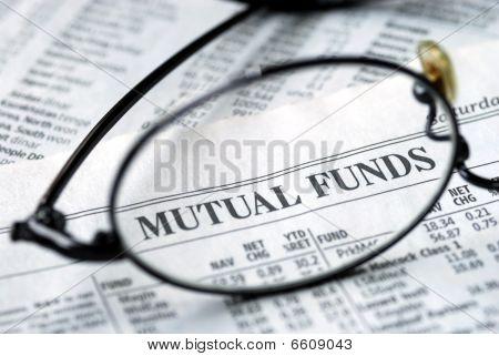 Centrarse en fondos mutuos que invierten en el periódico