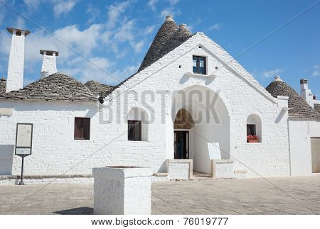 Sovereign Trullo In Alberobello
