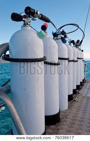 Oxigen Tanks For Scuba Diving