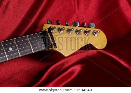 Primer plano de la cabeza de Guitarra
