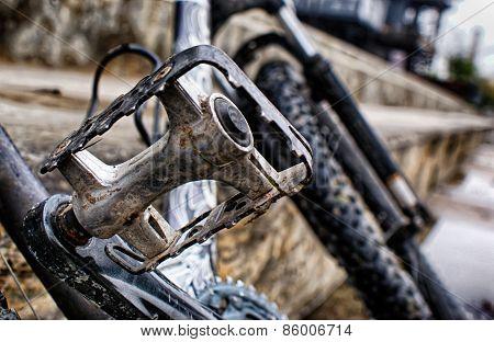 Bicycle metal pedal