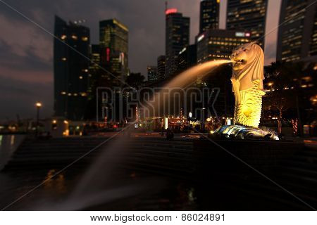 Merlion In Singapore With Evening