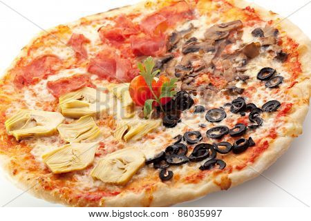 Pizza made with Mozzarella, Mushrooms, Artichoke, Ham, Olives and Tomato Sauce
