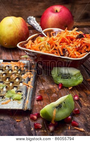 aromatic salad fresh apple