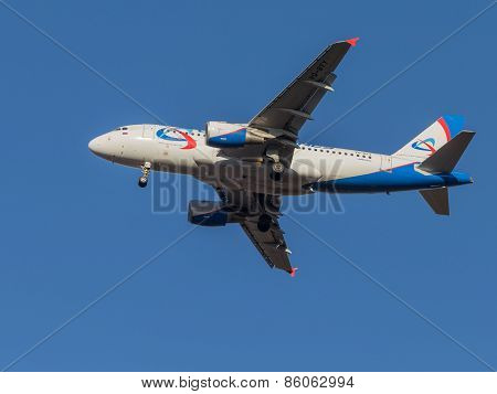 Airbus A319, Airlines Ural Airlines