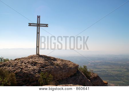 Monserrat.Cross