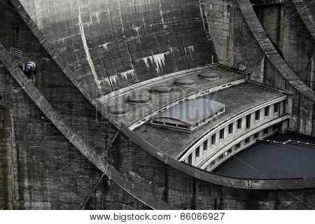 Barrage Du Chastang - Detail 1