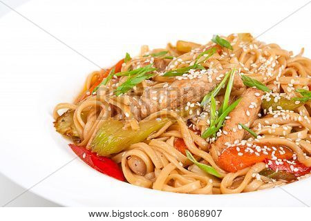 The udon needle with pork and vegetables
