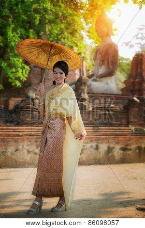 Beautiful Thai Dress Lady At Ayuthaya Historical Park