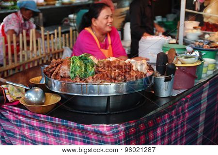 Thai style stewed pork rice food stall at Chatuchak weekend market, Bangkok
