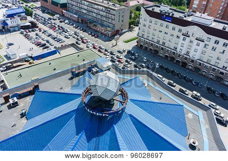 View on circus roof and traffic jam. Tyumen.Russia
