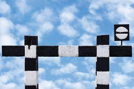 pic of traffic signal  - Dead end no through train railroad traffic sign - JPG