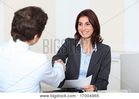 Solicitante de empleo, tener una entrevista