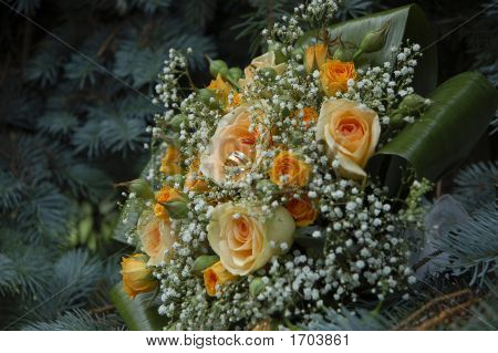Wedding Bouquet And Wedding Rings_