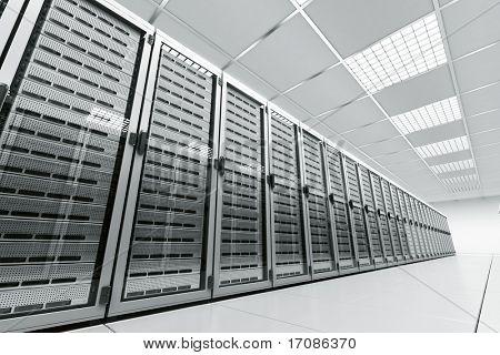 representación 3D de una sala de servidores con servidores blancos