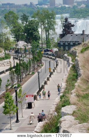 Niagara Falls Street