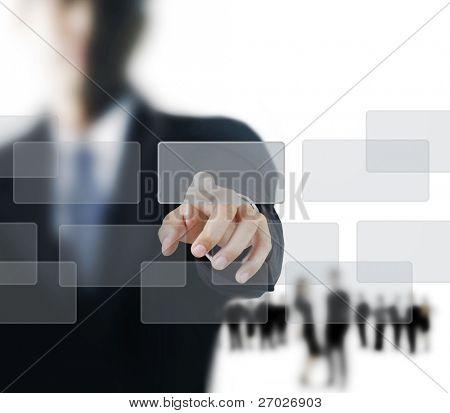 Hand drängen auf eine Screenschnittstelle