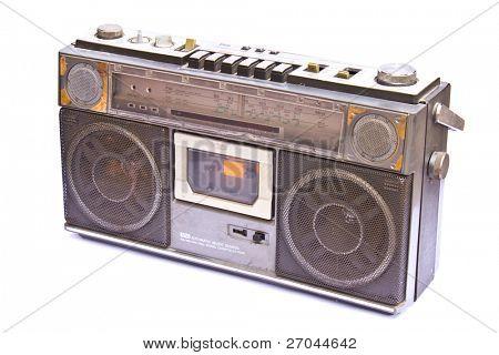 Época antigua Radio aislado sobre fondo blanco