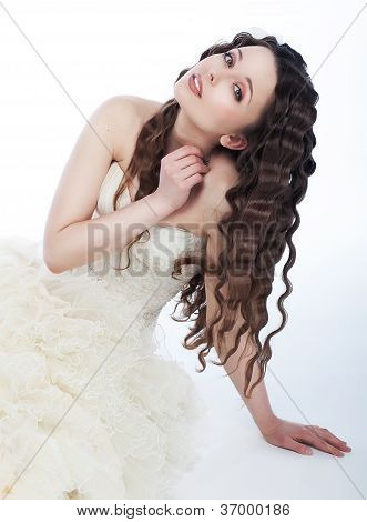 Wedding Style - Lovely Fiancee Brunette In White Dress