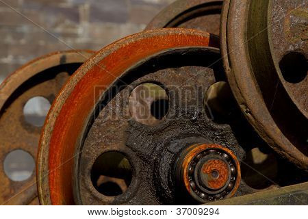 Rusty Rail Wheels.