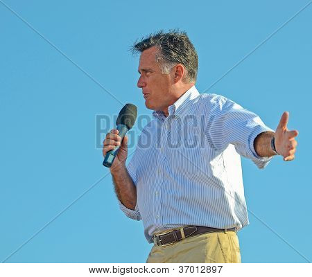 Mitt Romney campaigning outdoors