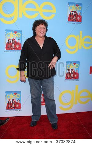 LOS ANGELES - SEP 12:  Dot Marie Jones arrives at the Glee 4th Season Premiere Screening at Paramount Theater on September 12, 2012 in Los Angeles, CA