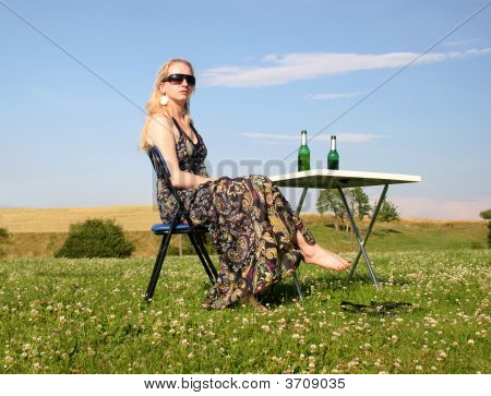 Picnic With A Beautiful Woman