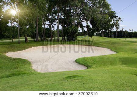 Irlandês de golfe idílica em horário de Verão