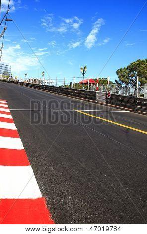 Monaco, Monte Carlo. Sainte widmen gerade Rennen Asphalt, Grand-Prix-Strecke
