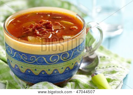 Tomato minestrone soup with bacon