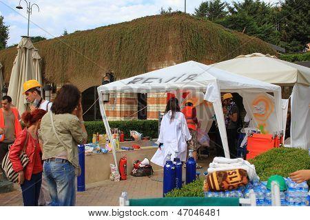 Sickroom tent