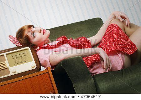 Casa retro esposa tener un descanso