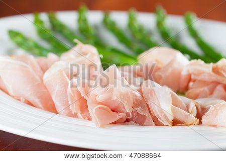 Prosciutto And Asparagus