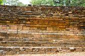 pic of dong  - Dong Muang Toey Ancient Ruins at Yasothon - JPG