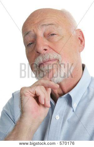 Hombre Senior - escéptico