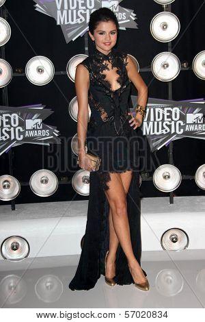 Selena Gomez at the 2011 MTV Video Music Awards Arrivals, Nokia Theatre LA Live, Los Angeles, CA 08-28-11