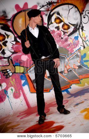 Jovem, Graffiti Wall