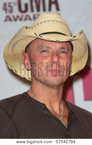 Kenny Chesney at the 2011 CMA Awards, Bridgestone Arena, Nashville, TN 11-09-11