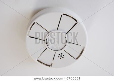 Battery Operated Smoke Detector On Ceiling