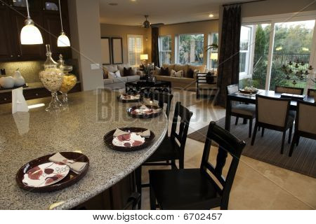 Luxurious kitchen counter
