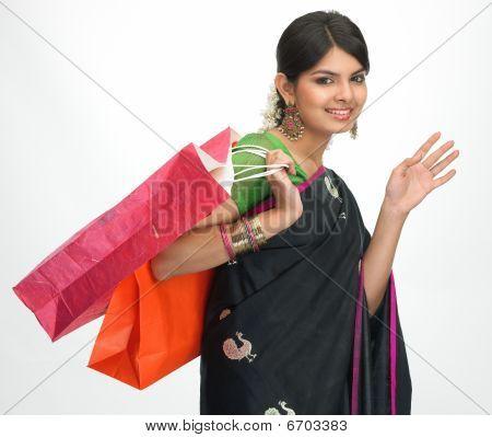 Asian girl compras postura de humor